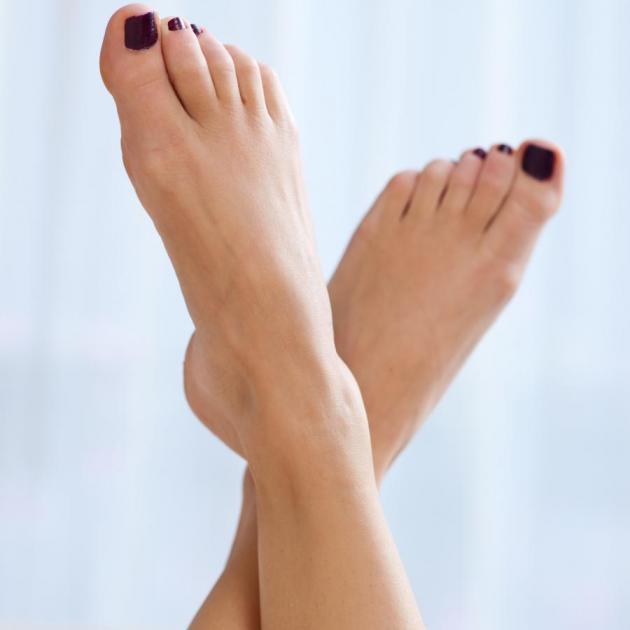 Το νύχι σου μεγαλώνει μπαίνοντας στο δέρμα; Σου έχω το απόλυτο tip!   tlife.gr