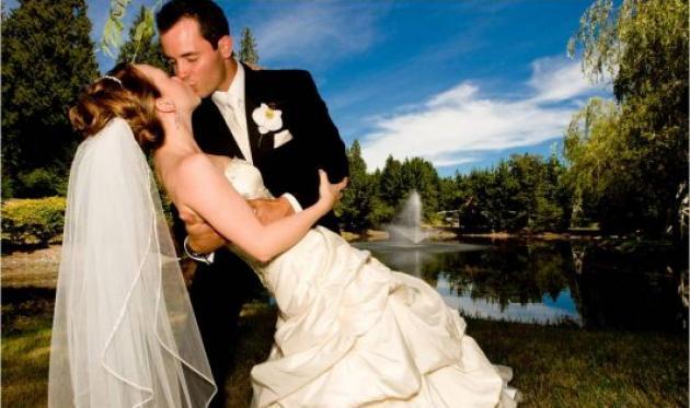 """""""Δεν έχουμε λεφτά για γάμο""""! Μειώθηκαν οι γάμοι στην Ελλάδα λόγω κρίσης"""