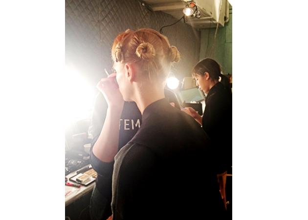 Tip: γιατί να κάνεις έτσι τα μαλλιά σου πριν τον ύπνο!