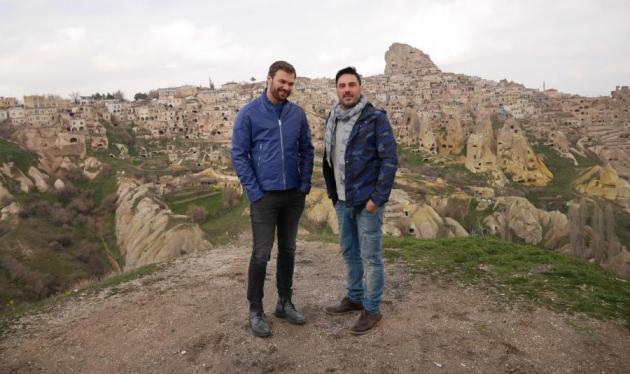 Xρήστος Νέζος: Στην Καππαδοκία με τον Γιώργο Σαμπάνη! Φωτογραφίες | tlife.gr