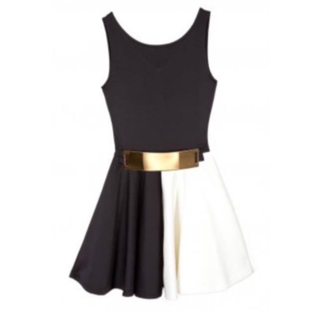 12 | Φόρεμα Innocent T-shop