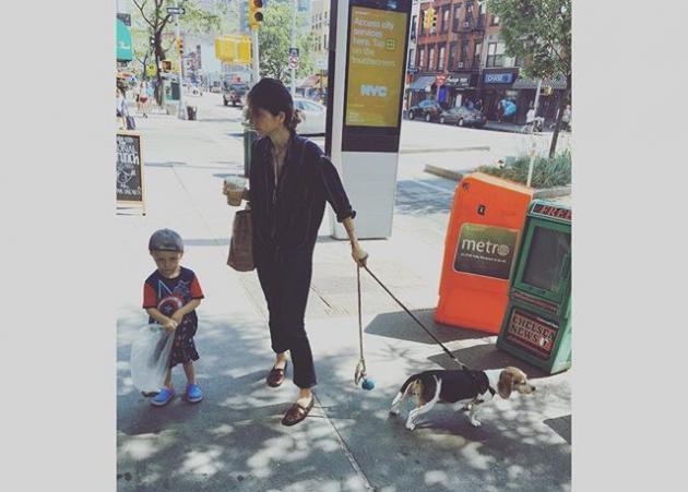 Σοφία Καρβέλα: Ξέγνοιαστες βόλτες στη Νέα Υόρκη με τους γιους της! | tlife.gr