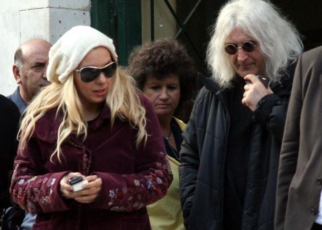 Το απόγευμα παντρεύονται Πάνια-Καρβέλας! | tlife.gr