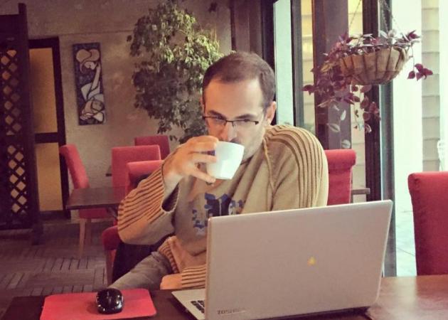 Ουρανόεσσα: Ο Κώστας Κρομμύδας αφηγείται το 1ο κεφάλαιο του νέου του βιβλίου! | tlife.gr
