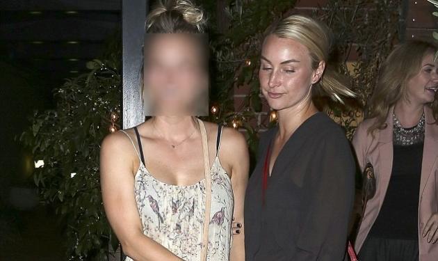 Ποια διάσημη διασκέδαζε με τις φίλες της μετά την ανακοίνωση του διαζυγίου της; | tlife.gr