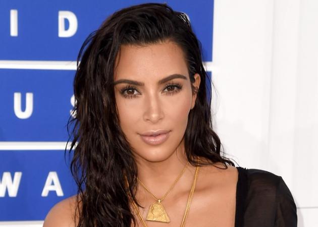 Η Kim Kardashian έκανε ένα μακιγιάζ χειλιών που θα θες να αντιγράψεις για το ρεβεγιόν! | tlife.gr
