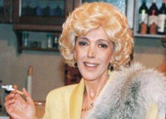 Κι όμως η Ντίνα Κώνστα δεν έχει δει όλα τα επεισόδια των «Δύο Ξένων»! Μάθε το γιατί… | tlife.gr