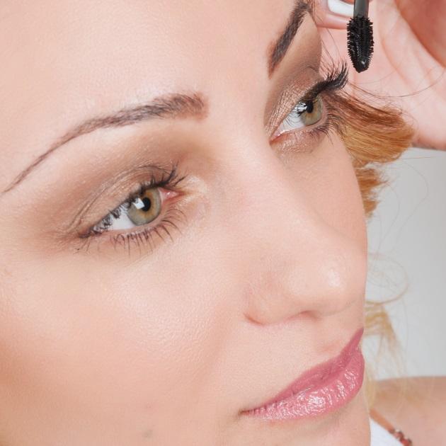 2 | Πρόταση για make up και μαλλιά