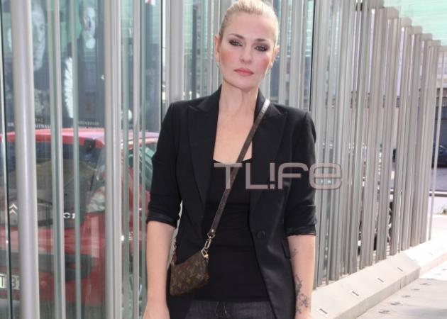 Ελισάβετ Μουτάφη: Φανερά αδυνατισμένη σε παρουσίαση παραστάσεων! | tlife.gr