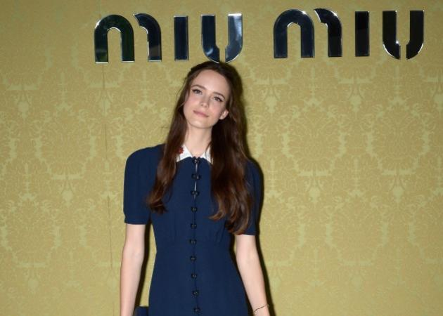 Breaking news! Ο οίκος Miu Miu ετοιμάζει το πρώτο του άρωμα! Μούσα η Stacy Martin!   tlife.gr