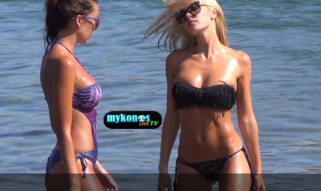 Η Τζούλια Νόβα και η φίλης της αναστάτωσαν (ξανά) τη Μύκονο! Βίντεο | tlife.gr