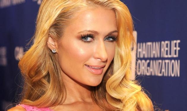 Paris Hilton: Δες πως ήταν μικρή η άτακτη κληρονόμος! Στην πισίνα φυσικά… | tlife.gr