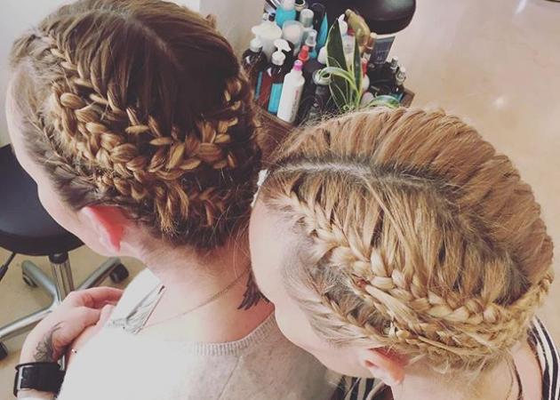 Ποιες κολλητές φίλες της showbiz έκαναν τα ίδια μαλλιά;