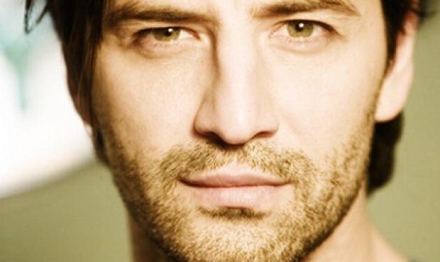 Ακου το καινούριο τραγούδι του Σάκη Ρουβά, «Τώρα»! | tlife.gr