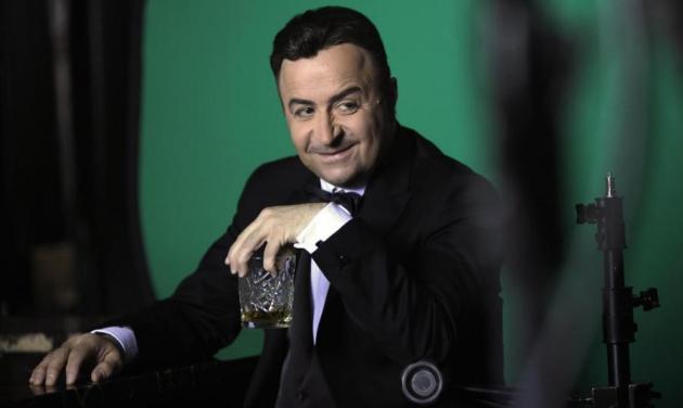 «One Mark Show»: Απολαυστικά καρέ από τα γυρίσματα του τρέιλερ! | tlife.gr