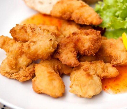 Γαρίδες με καρύδα και σος μάνγκο-δυόσμο | tlife.gr