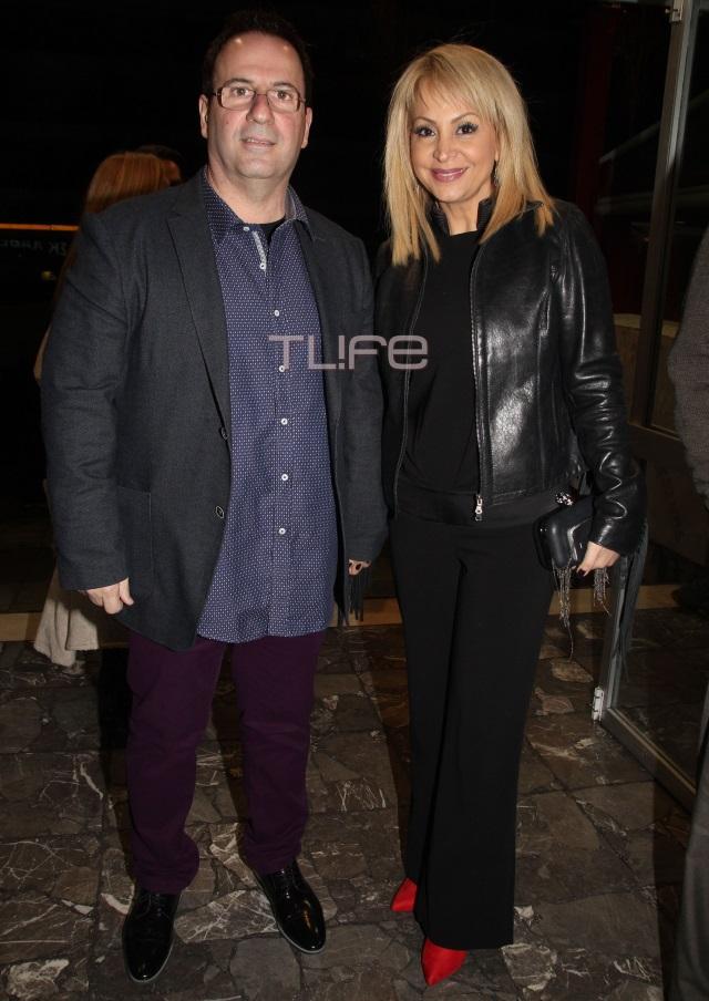 Τέτα Καμπουρέλη: Στο θέατρο με τον σύζυγό της!