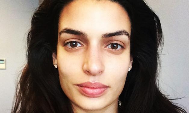 Tόνια Σωτηροπούλου: Αμακιγιάριστη selfie καθώς ετοιμάζεται για νέο διαφημιστικό στην Ιταλία!