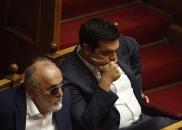 Κατάκοπος ο Αλέξης Τσίπρας! Πού και πότε θα πάει διακοπές; | tlife.gr