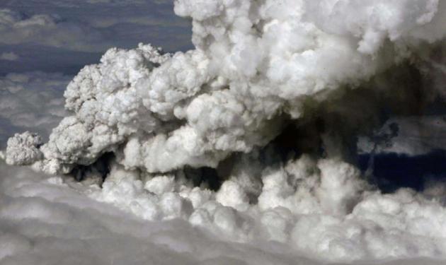 Έρχεται η ηφαιστειακή τέφρα στην Ελλάδα | tlife.gr