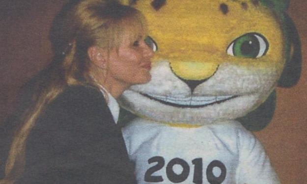 Ποια είναι η Ελληνίδα σιδηρά κυρία της FIFA; | tlife.gr