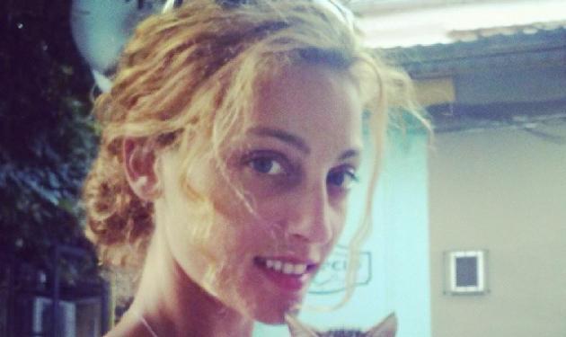 Bανέσσα Αδαμοπούλου: Πίνει τον καφέ της παρέα με τον μπέμπη της! Φωτό