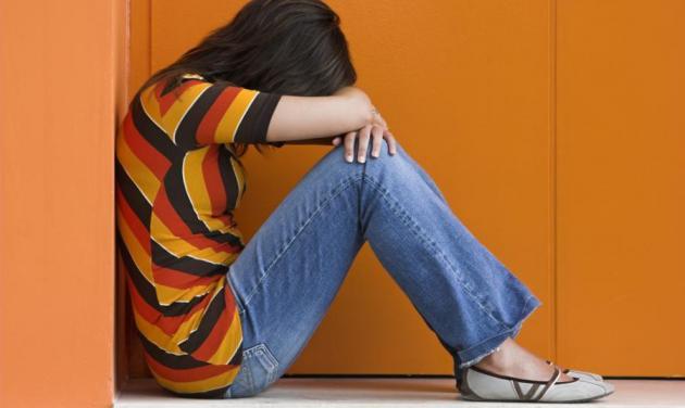 Απίστευτο! Εξέδιδαν την 15χρονη κόρη τους για 30 ευρώ! | tlife.gr