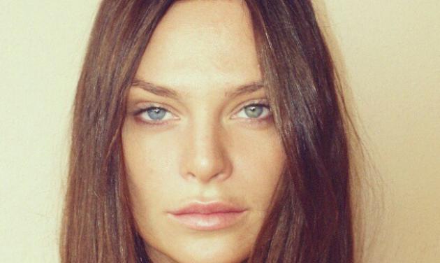 Yβόννη Μπόσνιακ: Μόλις ξύπνησε και είναι κούκλα!   tlife.gr