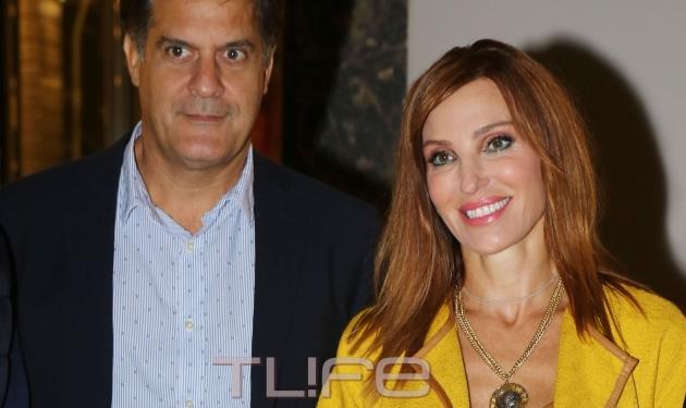 Βίκυ Χατζηβασιλείου: Σπάνια εμφάνιση με τον σύζυγό της! | tlife.gr