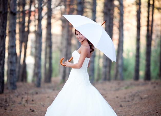 Η Βάσια ανησυχεί! Όλοι γύρω της παντρεύονται κι εκείνη δεν έχει καν σχέση… | tlife.gr