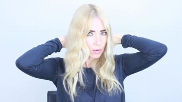 Δεν το έχεις ξαναδεί! Ο πιο εύκολος τρόπος να κάνεις κυματιστά τα μαλλιά σου!