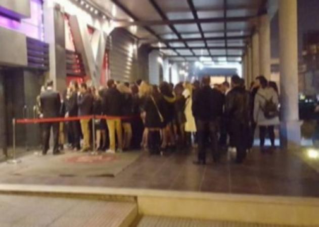 Θεσσαλονίκη: Συνωστισμός Αλβανών στα μπουζούκια