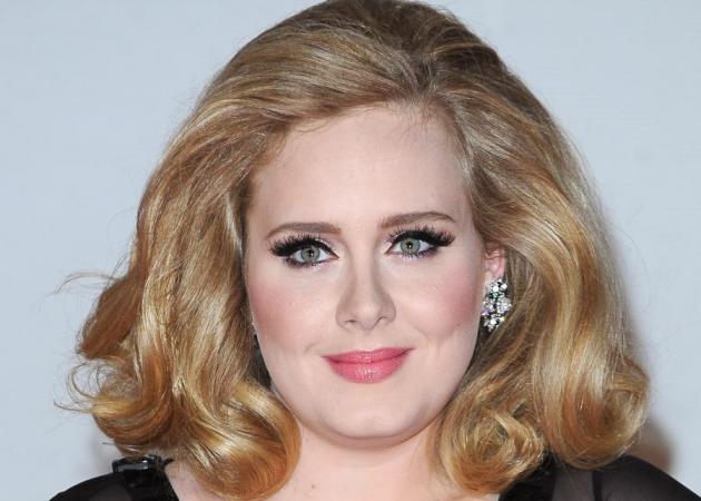 Brit Awards 2012! Ψήφισε το αγαπημένο σου beauty look!