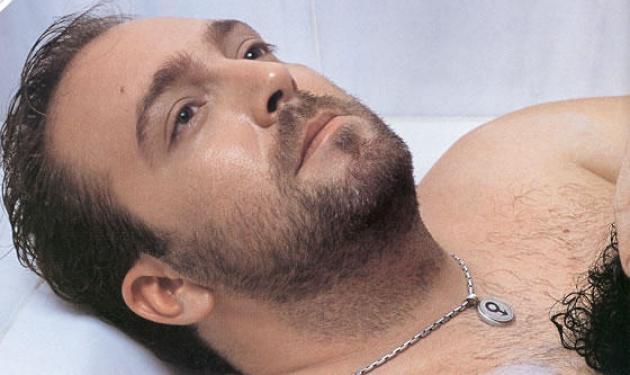 Γ. Αλκαίος: »Η Παπαρίζου μετά την πρωτιά εμφανίστηκε στα μπουζούκια»! | tlife.gr
