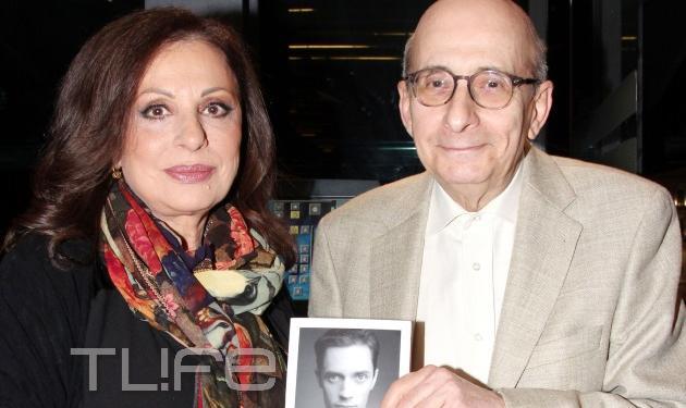"""Χάρις Αλεξίου: Παρουσίασε το βιβλίο της """"Πάντα Ήρωες""""!"""