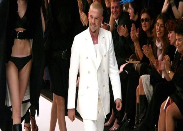 Alexander McQueen: Η ζωή του γίνεται ταινία | tlife.gr