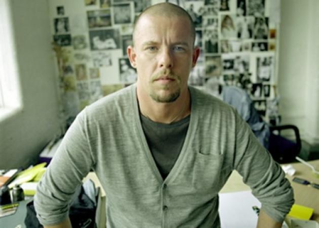Ο McQueen ήπιε κοκτέιλ θανάτου | tlife.gr