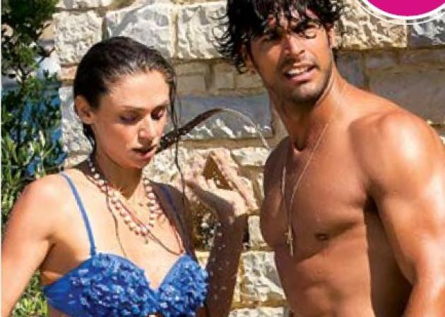 Νίκος Αναδιώτης: Βουτιές στην πισίνα με την σύζυγο και τον γιο τους! | tlife.gr
