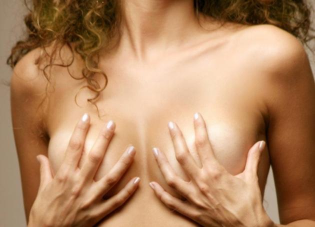 Αφήνει σημάδια η ανόρθωση στήθους; | tlife.gr