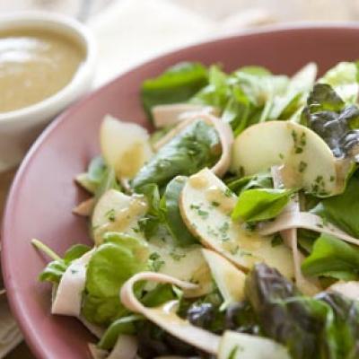 8 | Σαλάτα μήλο με χοιρομέρι
