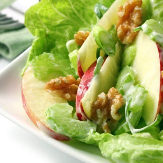 Σαλάτα με ψητά μήλα | tlife.gr