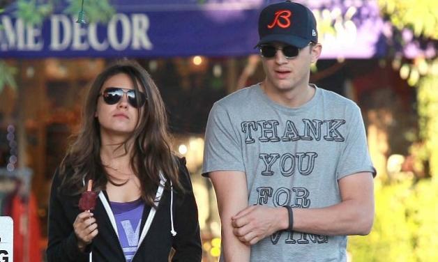 Ashton Kutcher – Mila Kunis: συνεχίζουν τις βόλτες τους με φόρμες χωρίς να τους νοιάζουν οι φωτογράφοι! | tlife.gr