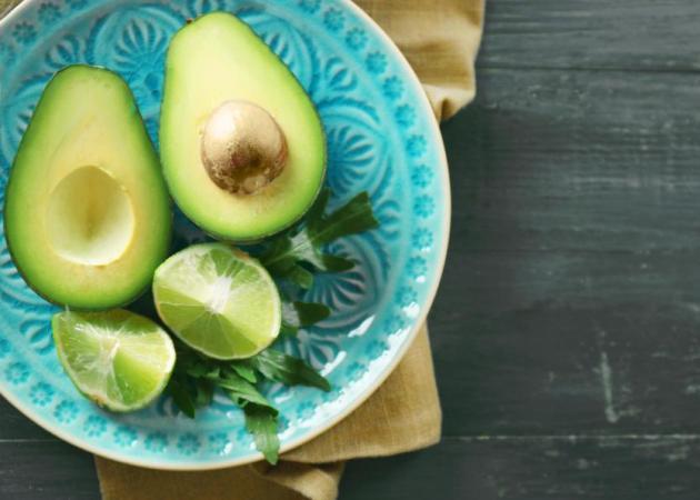 10 φρούτα και λαχανικά που βοηθούν στο γρήγορο αδυνάτισμα | tlife.gr