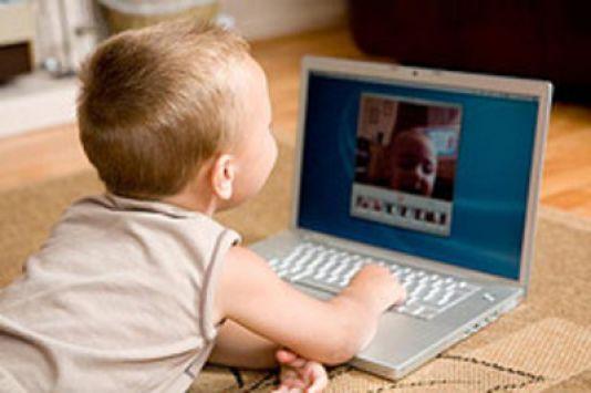 Αποφύγετε τις παγίδες που κρύβει το ίντερνετ για τα παιδιά σας! | tlife.gr