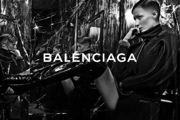 15 | Η καμπάνια του οίκου Balenciaga