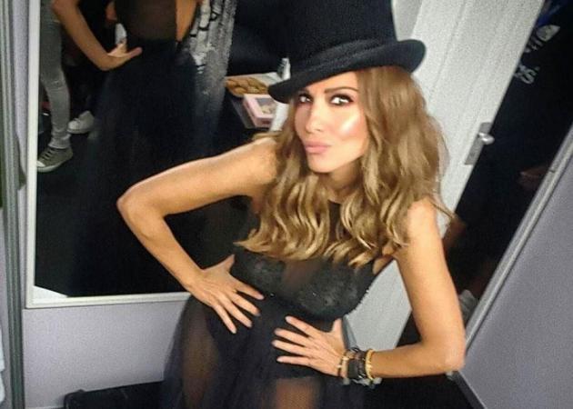Δέσποινα Βανδή: Πιο σέξι από ποτέ στη συναυλία στην Κύπρο! Φωτό και βίντεο   tlife.gr