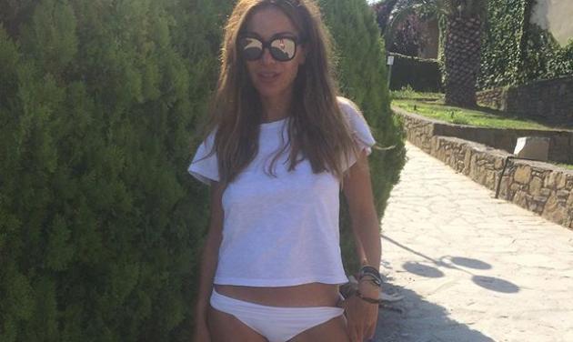 Δέσποινα Βανδή: Πιο fit και σέξι από ποτέ απολαμβάνει το μπάνιο της στη Λήμνο! Φωτογραφίες