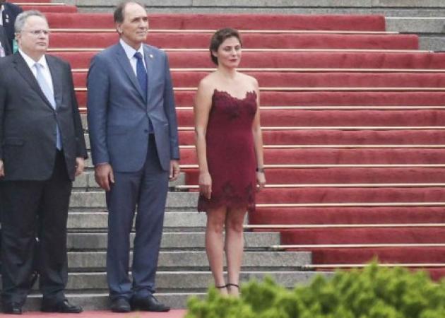 «Σκασμένη» η Περιστέρα Μπαζιάνα για το περιβόητο πια φόρεμα! | tlife.gr