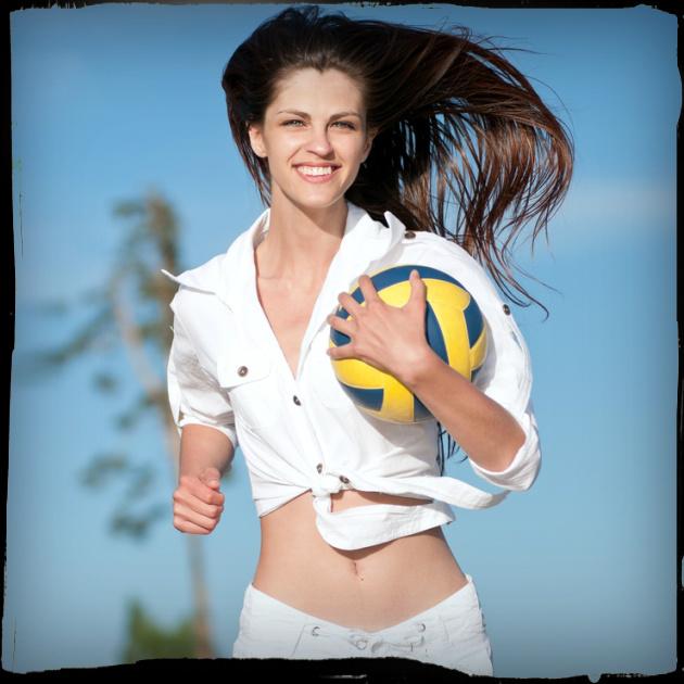 Παιχνίδια στην άμμο! Πόσες θερμίδες καις με το beach volley… | tlife.gr