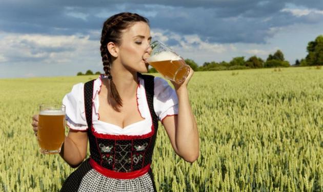 Από ποια σοβαρή πάθηση προστατεύει τις γυναίκες η μπύρα